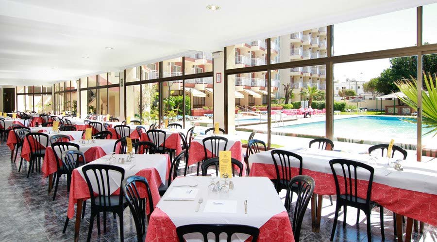 Pulleys Balmoral Hotel And Rest House : Medplaya hotel balmoral in benalmadena costa m?laga