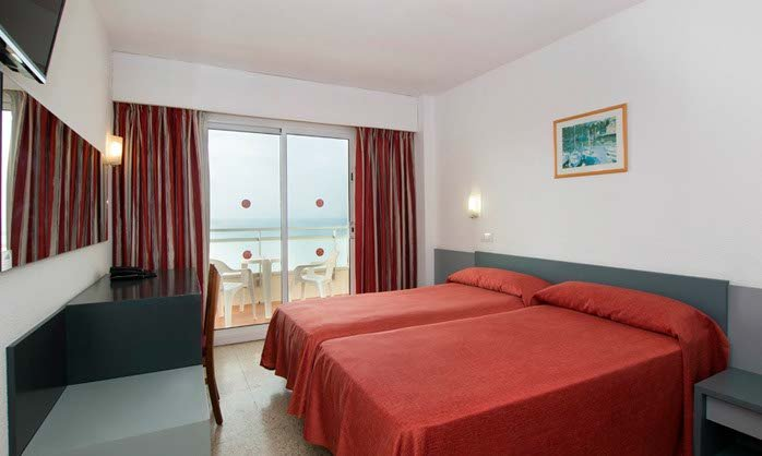 Family room santa monica hotel calella